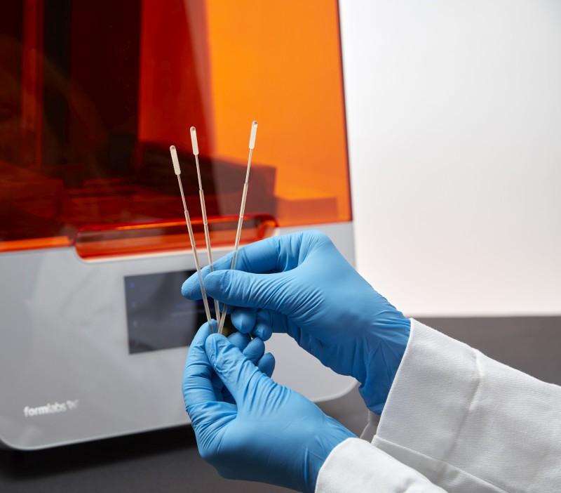 Covid-19-Teststäbchen gedruckt auf Formlabs Drucker